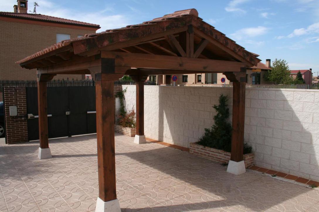 Hacer porche de madera awesome estructuras de madera with - Como hacer porche de madera ...